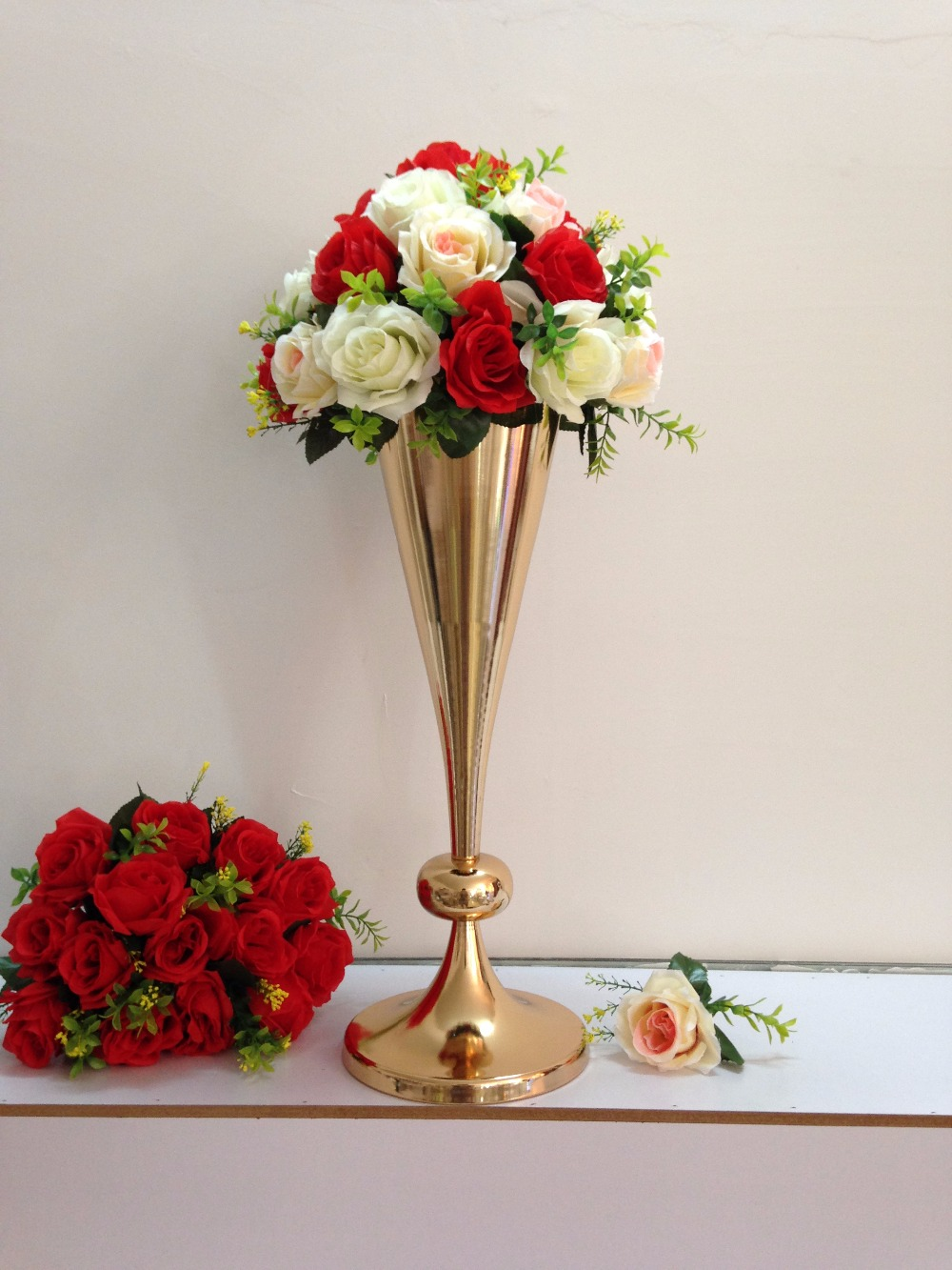New style 54cm 212 gold wedding flower vase wedding table stand new style 54cm 212 gold wedding flower vase wedding table stand wedding decoration wedding road leads 10 pcslot in vases from home garden on izmirmasajfo
