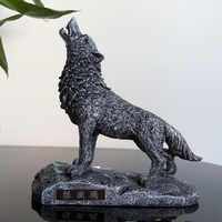 howling wolf Exquisite Simulation resin sculpture Home office furniture statue The wildness of the wolf