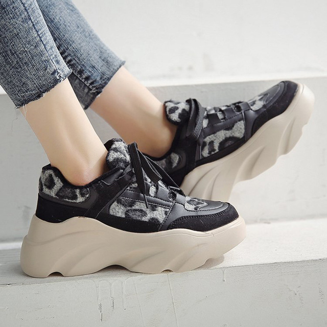 2019 New Suede Leather Mesh Women Platform Chunky Sneakers Fashion Women's Flat Thick Sole Shoes Woman Dad Footwear
