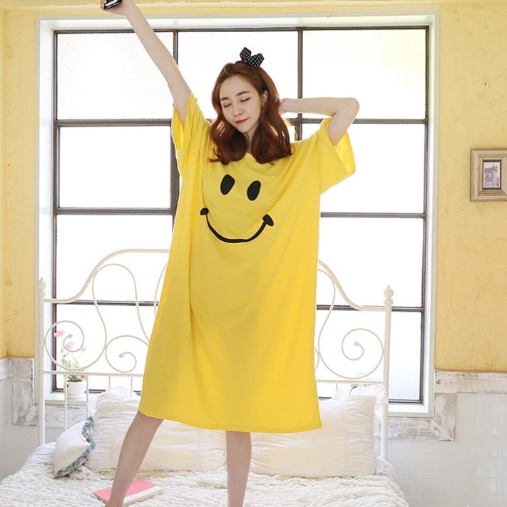 Sleepwear women Nightgowns nightwear Pyjama Women home clothing loose plus szie smile design comfortable nightdress