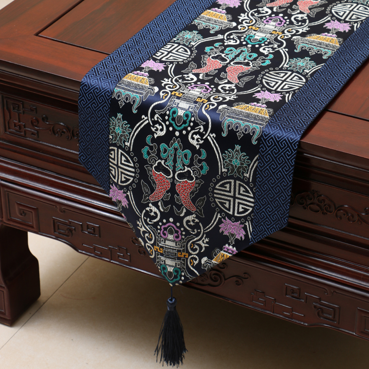 New Desgin Chinese Vintage Blue Fish Silk Table Runner Cloth Bed Flag Flower Wedding Party