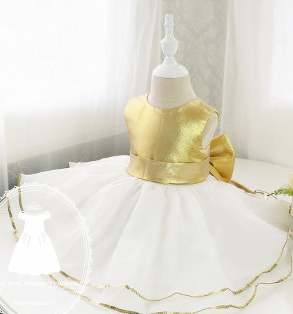 White/ivory tulle ball gown and gold sequins flower girl dress with bow baby 1st birthday party outfits kids pageant dresses 2017 mint high low flower girl dress for wedding with long train crystals ball gown kids 1st birthday party outfits baby dresses