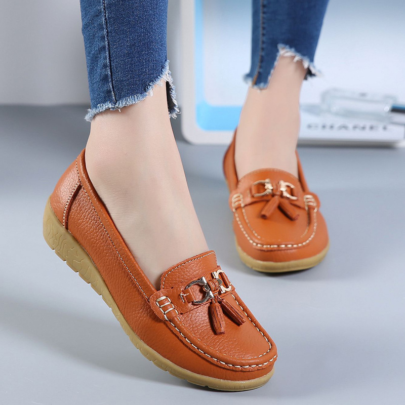 2018 Summer New Middle Aged Mother Leather Comfortable Flat Shoes Women Round Toe Casual Shoes Female aiyuqi 2018 new spring genuine leather female comfortable shoes bow commuter casual low heeled mother shoes woeme