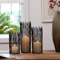 Modern Image European Iron Candlestick Crafts Jewelry Black Candlestick Romantic Wedding Desktop Decoration Props
