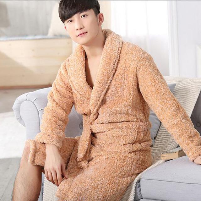 2017 Otoño Invierno de Franela Gruesa de Los Hombres de Las Mujeres Batas de Baño Yukata Kimono Albornoces Hombres Parejas ropa de Dormir Camisón Homewear Salones