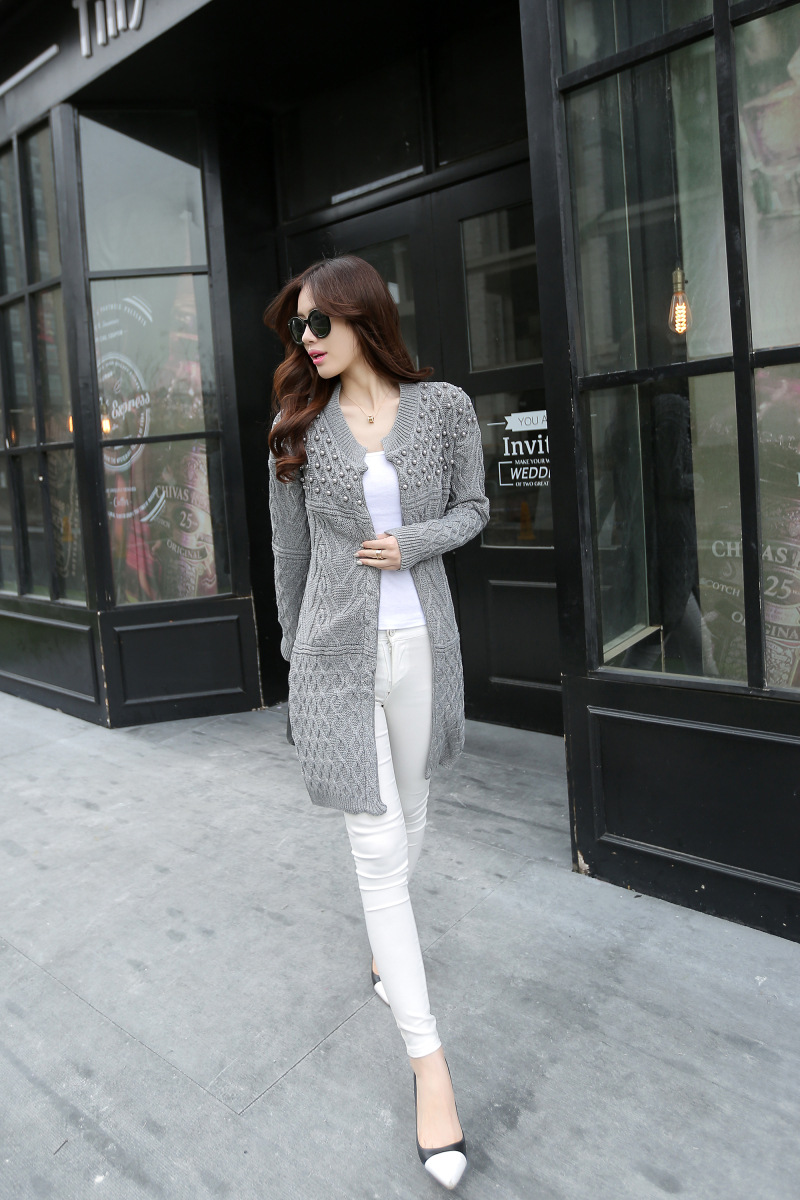 HOT SALE! 2018 NEW Autumn Winter Bead Pearl Long Knitted Sweaters Outwear Long-Sleeve Casual Loose Female Sweater Cardigan