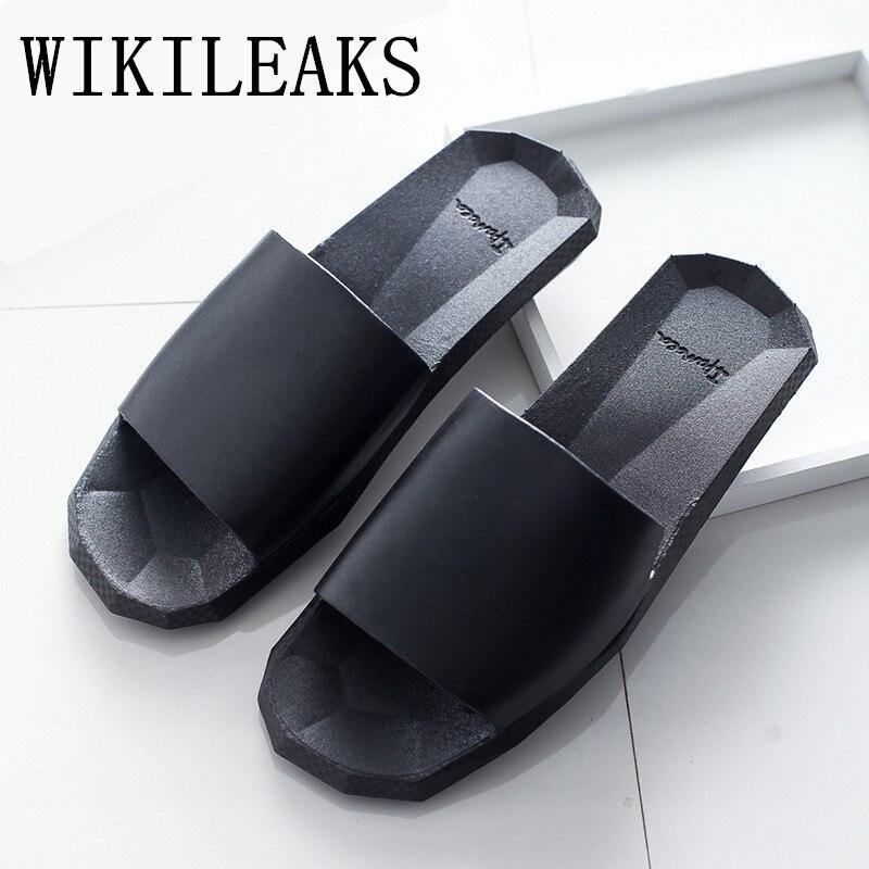 2017 Summer Shoes Slides Men Luxury Brand Geometry of the diamond leather Slippers Designer Slip On Beach Shoes Man Black White