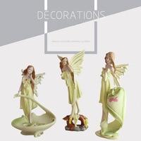 De lujo América Resina Figuras Angulares Margaery Oficina Adornos de Resina Figura de Niña Regalo de Boda Decoración Del Hogar Envío Gratis