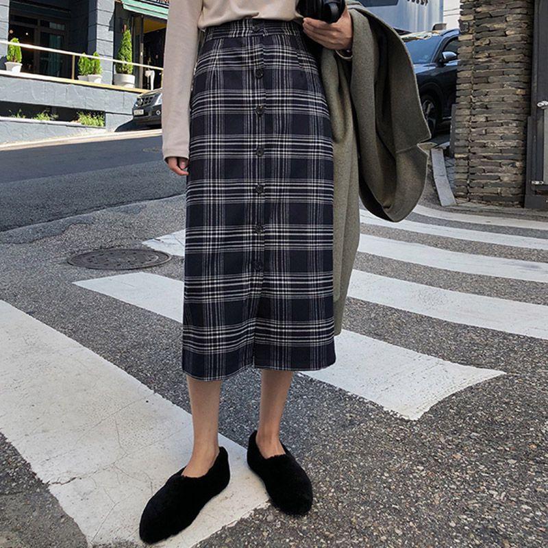 2019 Women High Waist Plaid Skirt Autumn Winter New Fashion Slim Bodycon Vintage Skirt  Button Pencil Casual Skirt