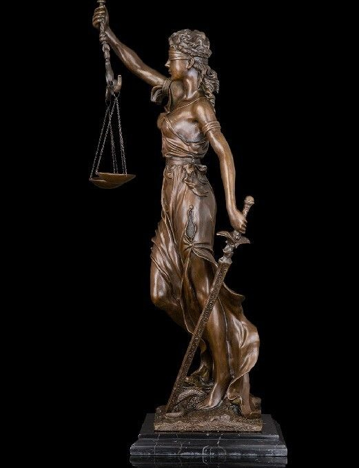 Arte astratta Scultura Bronzo Marmo di Rame Della Signora Giustizia Serpente Statua FigurineArte astratta Scultura Bronzo Marmo di Rame Della Signora Giustizia Serpente Statua Figurine