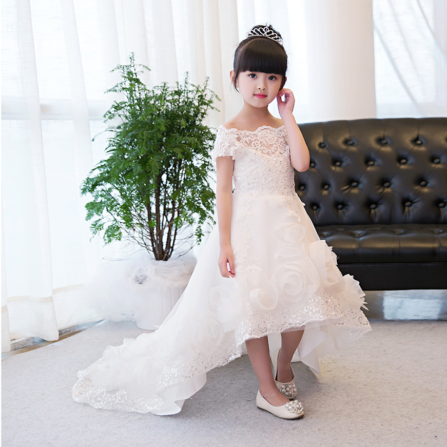 2017 New Korean Sweet White Color Girls Kids Luxury Princess Lace Flowers Dress Wedding Birthday Costume Dress With Long Tails