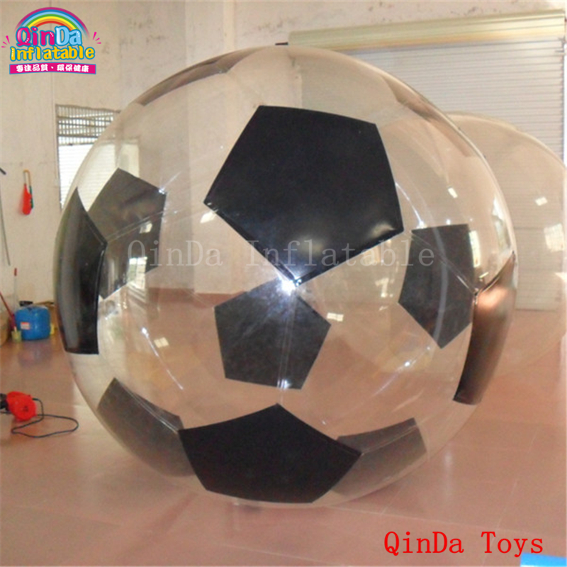 Exciting water play equipment floating wasserball for kids and adult, inflatable soccer walking ball with free pump