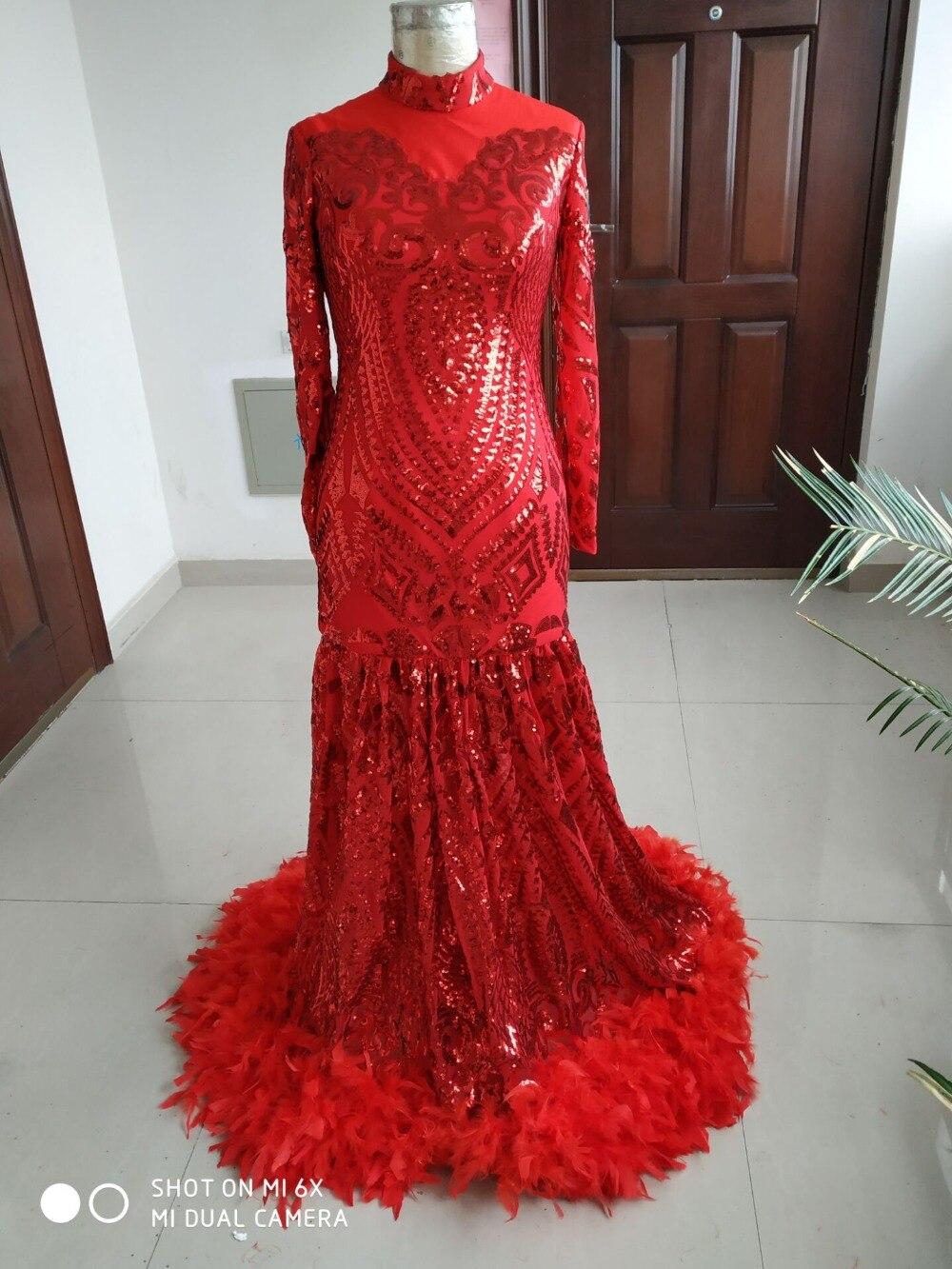 2019 vraies Photos moderne rouge à manches longues robes de bal avec col haut plume formelle robe jupe Tulle filles robe de soirée