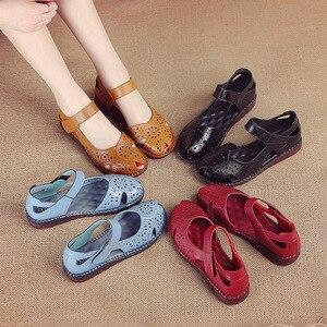 Image 5 - GKTINOO letnie nowe ręcznie robione buty damskie w stylu narodowym oryginalne skórzane sandały damskie Hollow miękkie płaskie z sandałami
