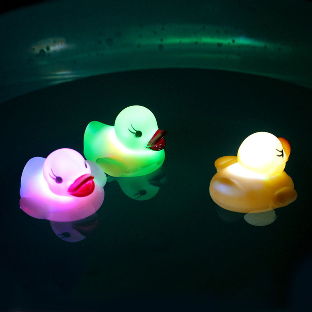 6 Color Funny Cartoon Vinyl Glowing Duck Led Light Water Sensor For Baby Kids Bathroom Shower Drop Shipping