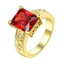 Женское Обручальное кольцо с красным квадратным вырезом и золотым