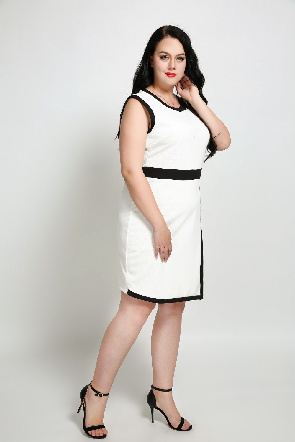 Womens Sexy Sleeveless Plus Size Party Dress White And Black Knee