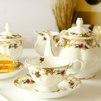 Weihnachten dekorationen Europäischen Tee-Set Nachmittag Tee-Set Kaffee Set Knochen Porzellan Kaffee Tasse Set Britischen Schwarz Tee Tasse Keramik
