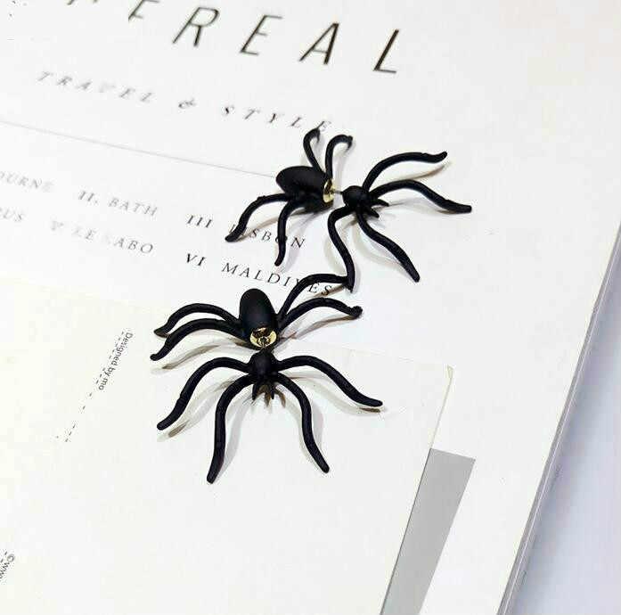 2016 Regali di Halloween Orecchini Fashion Designer Big Black Spider Insetto Ha Perforato L'orecchino Per Le Donne Regalo di Natale Bijoux Brincos