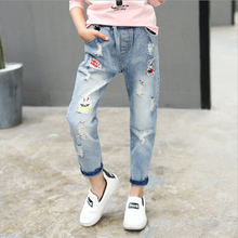 Baby Girls Pants 2017 New Autumn Character Kids Pants Clothes Cotton Casual Hole Elasticity Girls Jeans Children Clothing 2p063