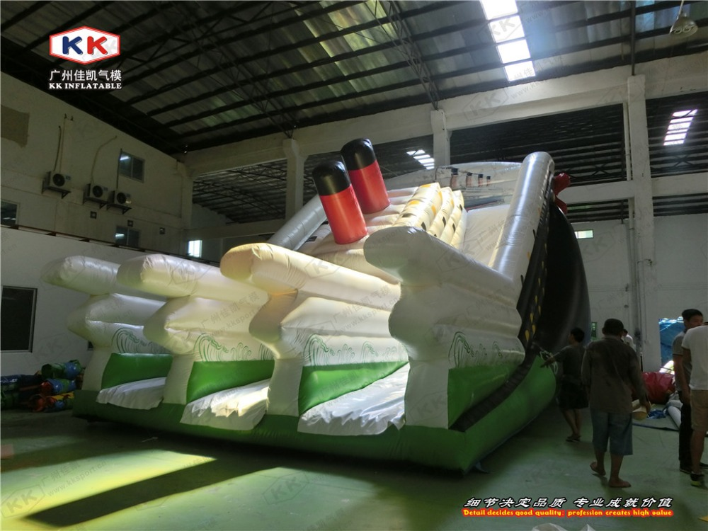 Carnival Inflatable Ship Titanic Dry Slide for Children Playing