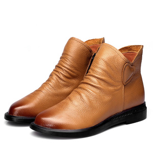 Image 2 - DRKANOL בריטי סגנון אמיתי פרה עור נשים קרסול מגפי סתיו אופנה קפלים צד רוכסן קצר מגפי נשים דירות נעליים