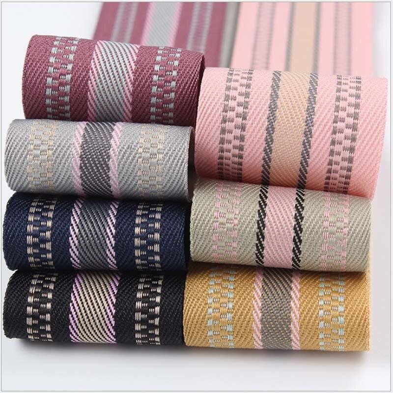 3 yds Vintage cotton White trim,ribbon on card,Duck on pound Ruban à motifs