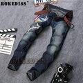 Tamaño 29-38 Venta Caliente Bordado Pantalones Vaqueros de Los Hombres Del Diseñador de Moda Negro Biker Jeans Denim Trajes Para Hombre Marca De Ropa C103