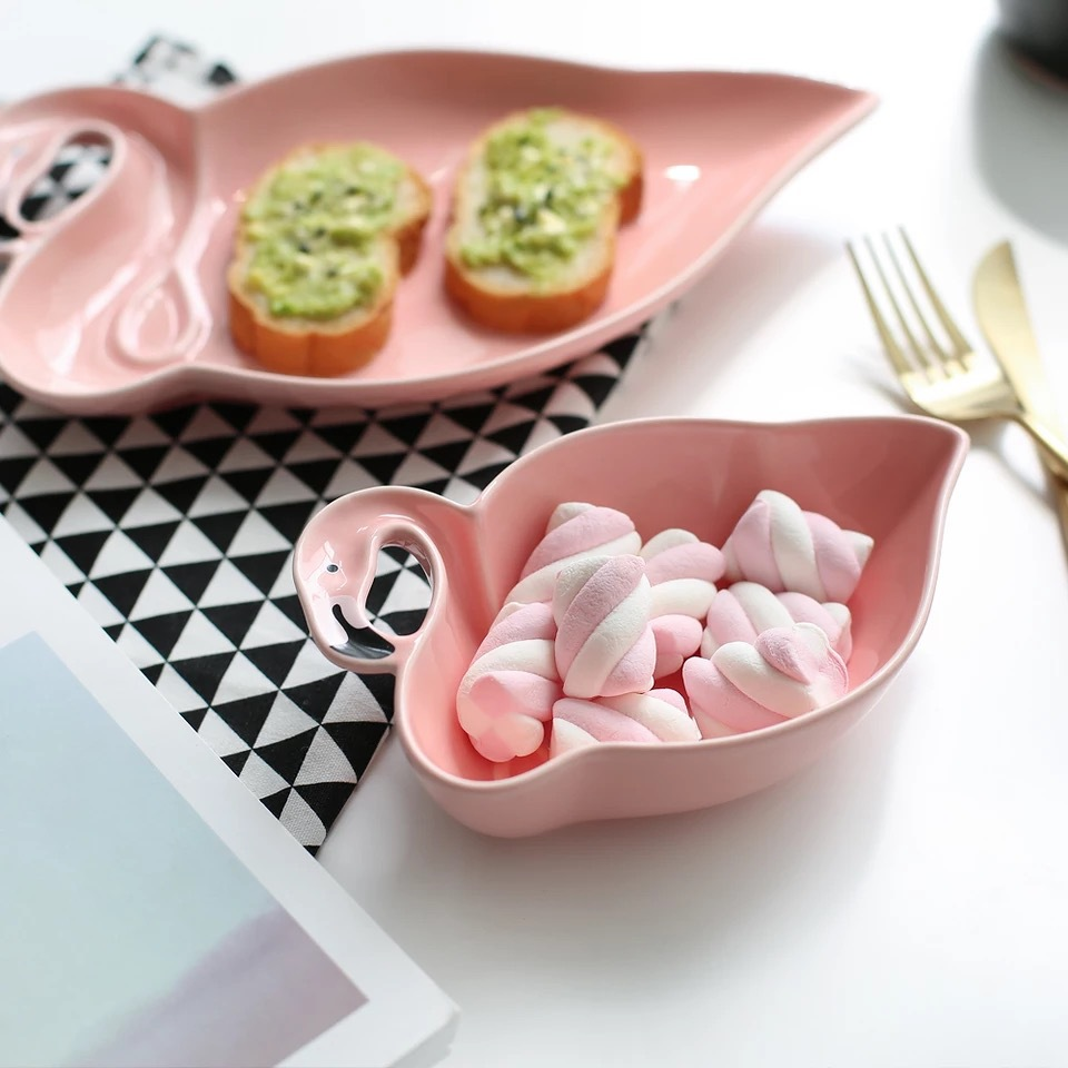 Nordic Pink Flamingo Shape Ceramics Table Storage Plate Chic Minimalist Dessert Fruit Jewery Office Desk Storage Organizer Decor