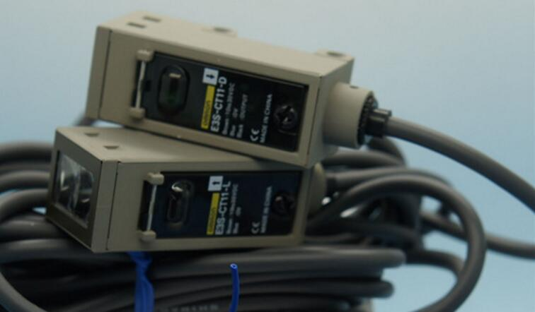 E3S-CT11-D /E3S-CT11-L OMRON photoelectric sensor E3S-CT11
