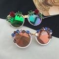 2017 new runway barroco gemas de cristal rosa mulheres meninas óculos de sol retro floral flor óculos de sol da praia do verão óculos de presente