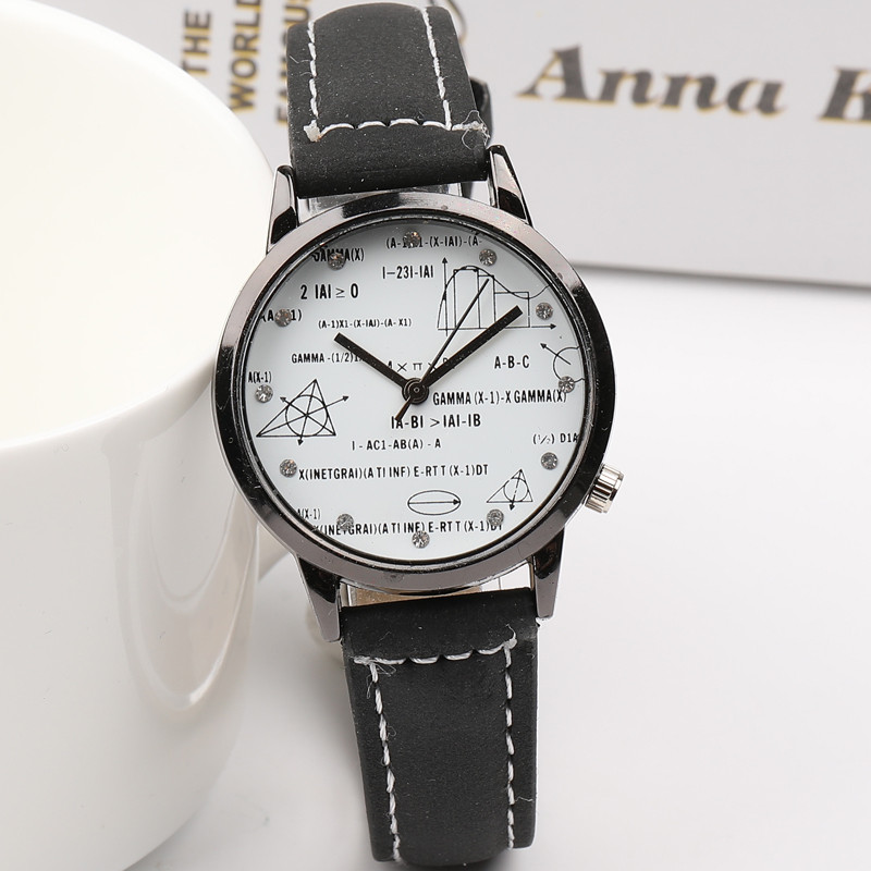New Contracted Fashion Big Dial Couples Watch Classic Creative Leisure Restoring Ancient Ways Leather Wrist Watch Leisure Clock