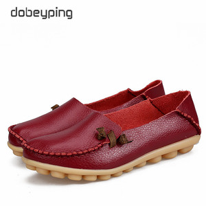 Image 5 - 2017 جديد حذاء نسائي كاجوال جلد طبيعي امرأة الشقق الأم الناعمة المتسكعون الإناث القيادة الأحذية الصلبة قارب حذاء حجم 34 44