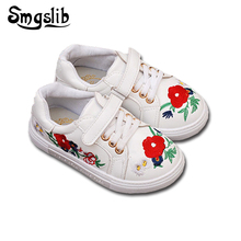 Children'S Shoes Autumn Spring Girls Fashion Casual sneakers With Flower Handmade Embroidery Kids Girls Breathable flat shoes