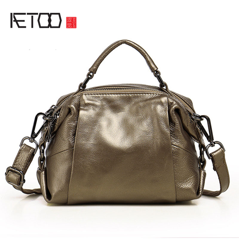 AETOO Leather ladies bag new handbag shoulder Messenger bag fashion first layer leather leather bag famous brand top leather handbag bag 2018 new big bag shoulder messenger bag the first layer of leather hand bag