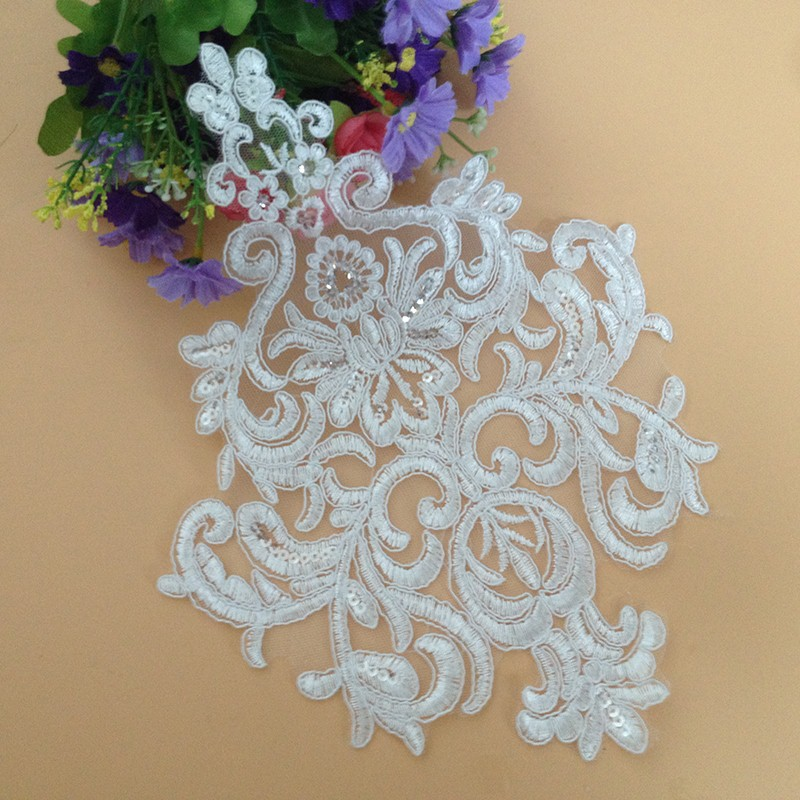 1Piece New Style Bling Sequins Broderad Brudklänning Bröllop Dekorativ Sömnad Boutique Lace Applique Trim Craft T38