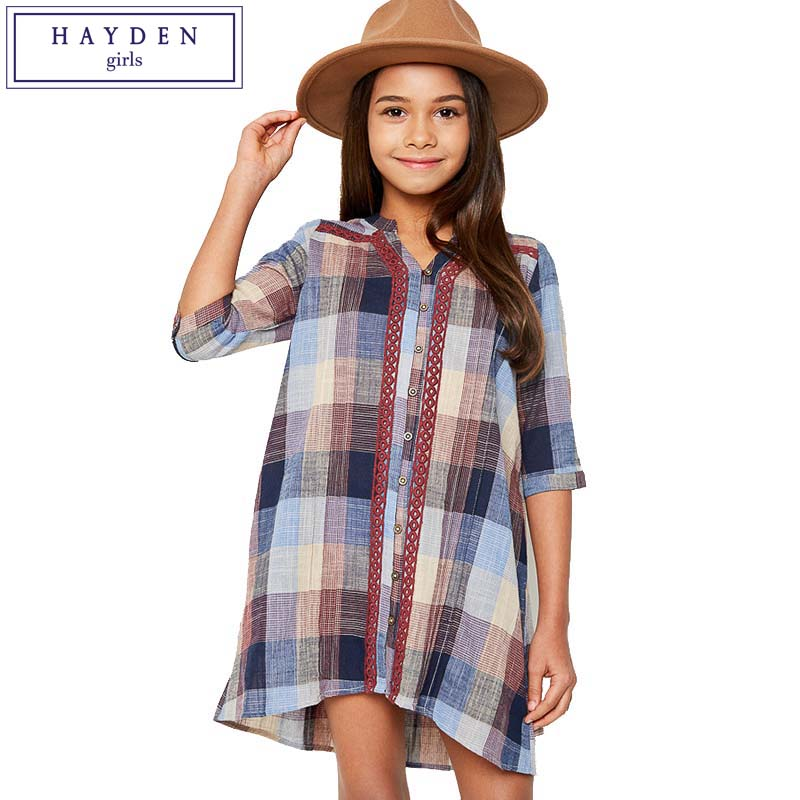 Browse Lands' End's blouses for girls to find the cute shirts for girls that you child needs for school. We offer a variety of girls blouses such as girls button up shirts and girls oxford shirts Whatever your child needs a girls button down shirt for and whatever her taste may be, we have girls blouses to suit her.