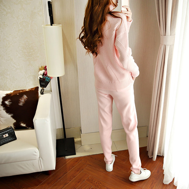 Tracksuits New Arrival Wool Full Winter New Cashmere Knitted Sweater Women Suit Fashion Casual High Collar Warm Two