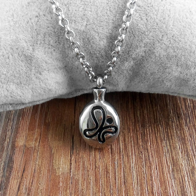 2017 Stainless Steel Necklace Memorial Cremation Ashes Urn Necklace