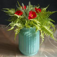 9pcs Bouquet Red Daisy Forrest Fern Exclusive Sales Artificial Flowe Home Table Christmas Decoration Free Shipping