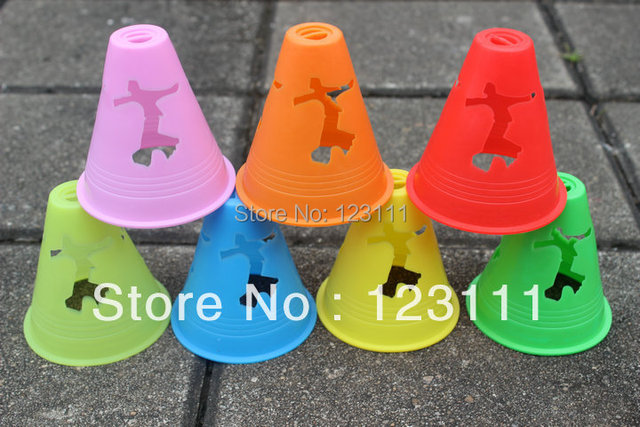 Anti-Wind in-line skate agility training cones Slalom piles cup Freeline skates marking cones Snake board X-game Rollerblade