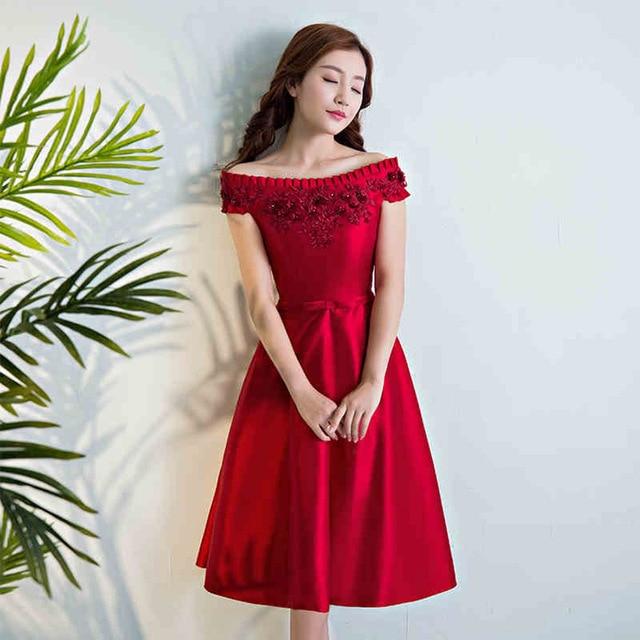 Les robe rouge courte