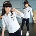 Moda 2017 caracteres oso escuela de los niños blusa de la muchacha ropa niños niñas blusas blancas kids camisetas de manga larga tops ropa