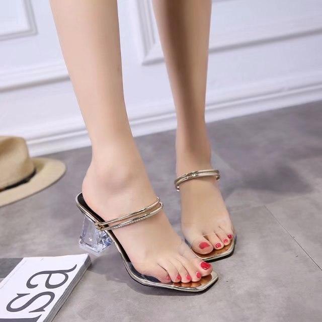 2019 модные летние нежаркие шлепанцы женские прозрачные босоножки на среднем каблуке с открытым носком офисные пляжные вьетнамки Шлепанцы m538
