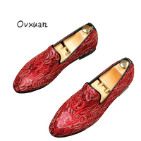 Ovxuan Embroideried Totem Men Wedding Dress Shoes Fashion Party Prom Handmade Loafers Man Flats Red bottom Casual Flat Shoes