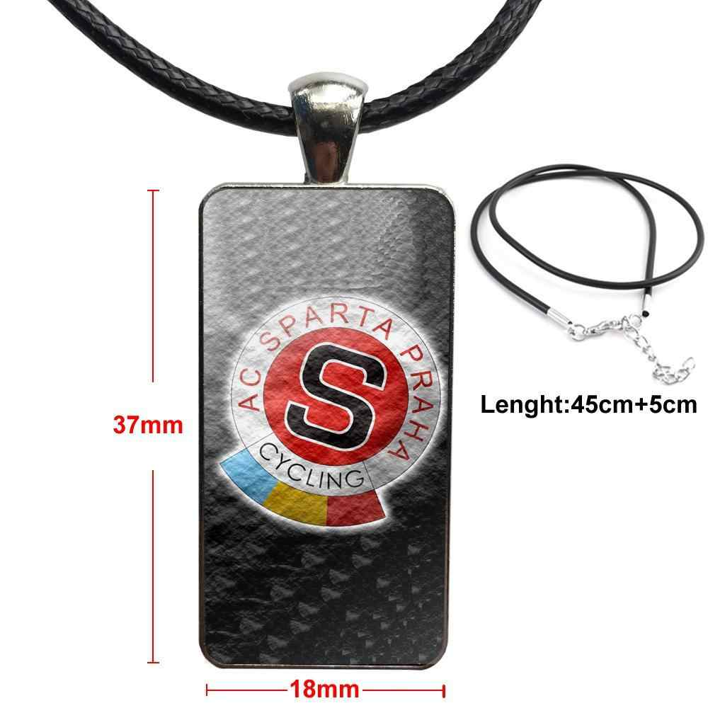 Kaca Liontin Kalung Buatan Tangan Setengah Liontin Persegi Panjang Kalung untuk Unisex Hadiah Lukisan Sparta Praha Logo