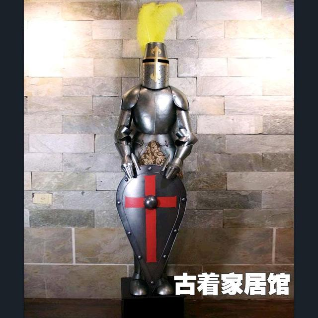 Die Alte Rom Mittelalterlichen Ritter Rüstungeisenbardekoration