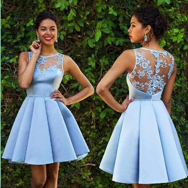 Simple Cocktail   Dress   Scoop Neckline Graduation Party   Dress   with Lace Applique Button Back Knee-Length Fashion   Prom     dress