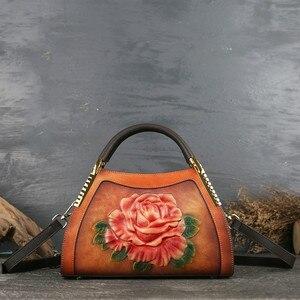 Image 2 - Johnature hakiki deri Vintage kabartma kadın çanta 2020 yeni moda rahat kadın dana eğlence omuz ve Crossbody çanta