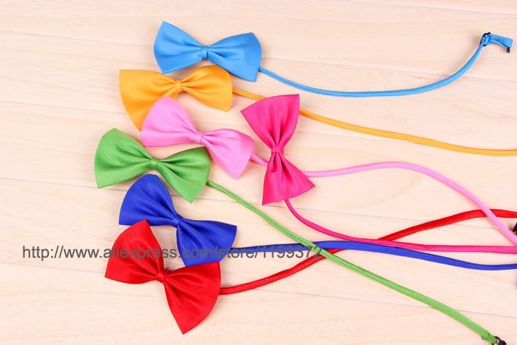 Acheter DHL Livraison gratuite! 500 pcs chien cravate chien bow tie cat cravate pet toilettage fournitures pet coiffe fleur de pet product direct fiable fournisseurs